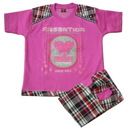 Hot Pink Kidswear for Boy.(7 year - 9 years)