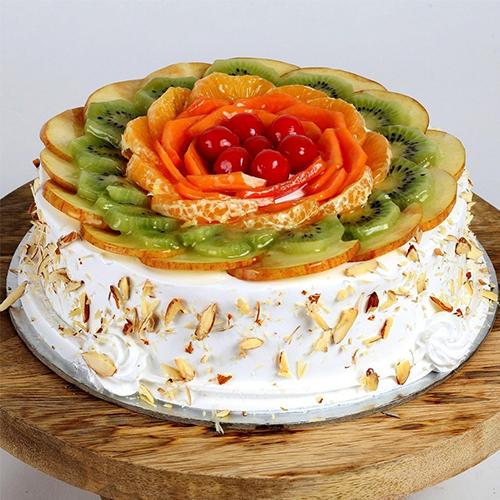 Eagerness�s Pamper 1 Kg Fresh Fruit Cake