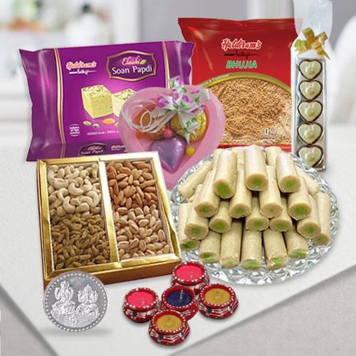 Ever Delightful Diwali Celebration Gift Hamper