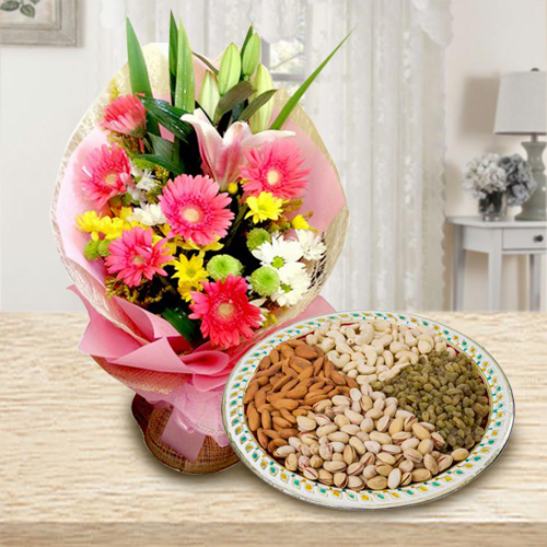 Radiant Seasonal Flowers with Dry Fruits