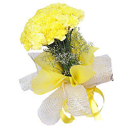 Precious Yellow Coloured Carnations Gift Bouquet<br>