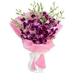Favorite Collection 8 Orchid Stems Bouquet