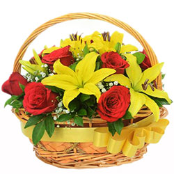 Seasonal Red Roses N Yellow Lilies Basket