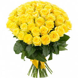 Summery Collection of Roses in Yellow Color