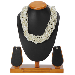 Astonishing Avon Necklace and Earrings Set Plaited with Pearls