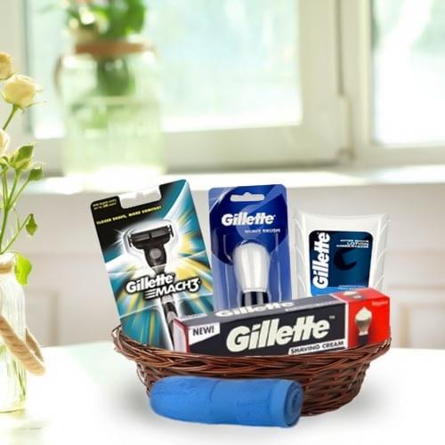 Dashing Men�s Grooming Gift Basket<br>