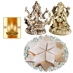 Laxmi Ganesh Idol with Kaju Katli