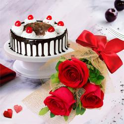 Stunning 3 Red Roses with 1/2 Kg Black Forest Cake to Lallapet