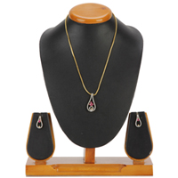 Wonderful Set of Stud and Pendant Emblazed with Faux Diamond and Red Tear Dorp