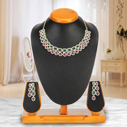 Rich Resplendence Necklace with Earrings Set