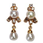 Classical Pearl Earrings