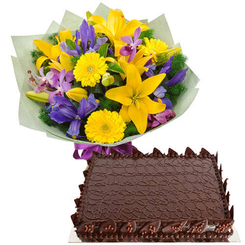 Book Online Mixed Flowers Bouquet with Chocolate Cake
