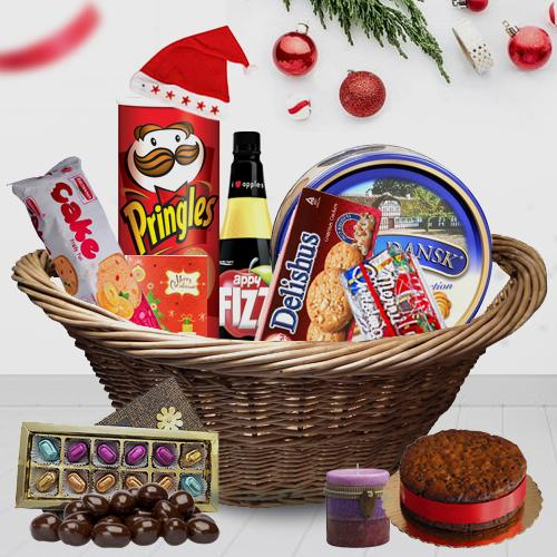 Santa at Your Door Step Christmas Hamper