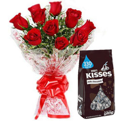Angelic Hershey�s Kisses Chocolate with Red Roses Bouquet