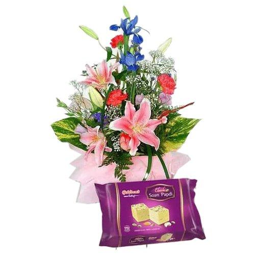 Order Gift of Flowers Bouquet N Soan Papri Online