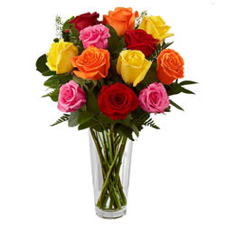 Deliver Mixed Roses in a Glass Vase Online