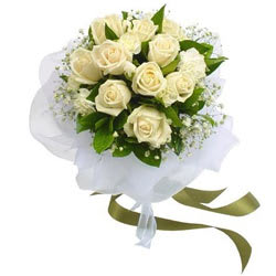 Online Gifts of White Roses Bouquet