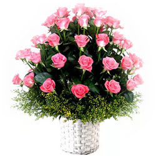 Online Pink Roses Arrangement