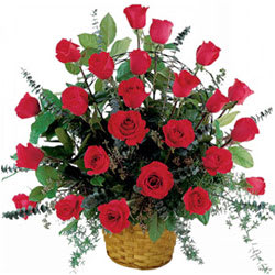 Book Basket of Red Roses Online