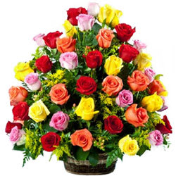 Send Mixed Roses Basket Online