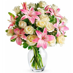 Online Order Pink Lilies N White Roses