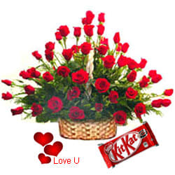 <u><font color=#008000> MidNight Delivery : </FONT></u>:100 Exclusive <font color =#FF0000> Dutch Red </font>   Roses  Arrangement with Cadburys Chocolate