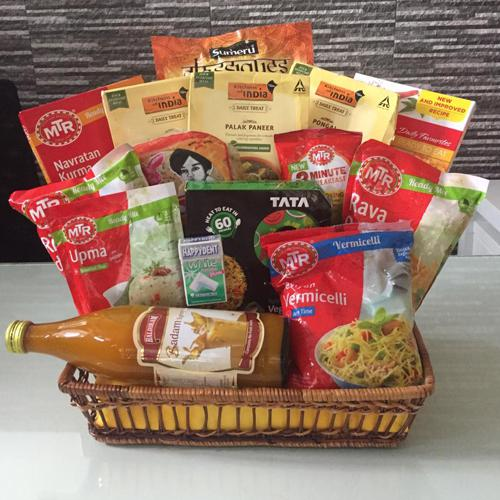 Delicious Gourmet Appetizer Indian Dinner Gift Hamper