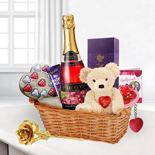Valentine�s Gift Basket