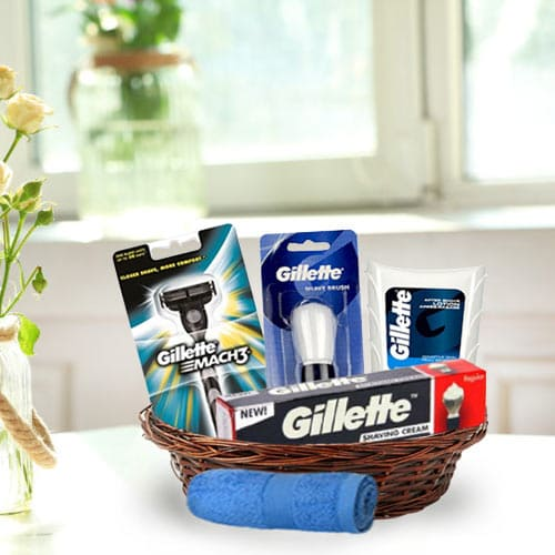 Dashing Men�s Grooming Gift Basket<br>