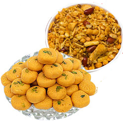 Kesar Peda With Mix Namkeen
